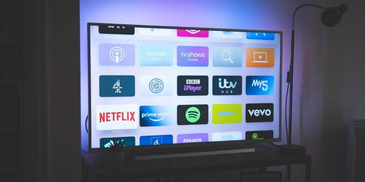 امکانات تلویزیون OLED