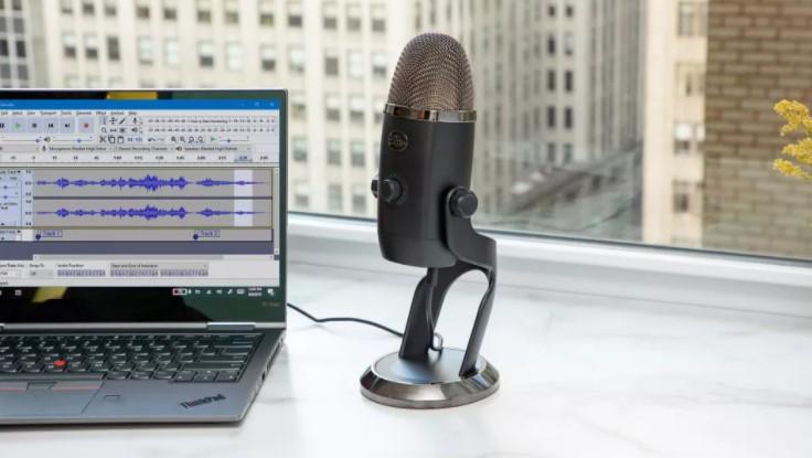 بهترین میکروفون برای ضبط پادکست: 8 پیشنهاد و کامل ترین راهنمای خرید