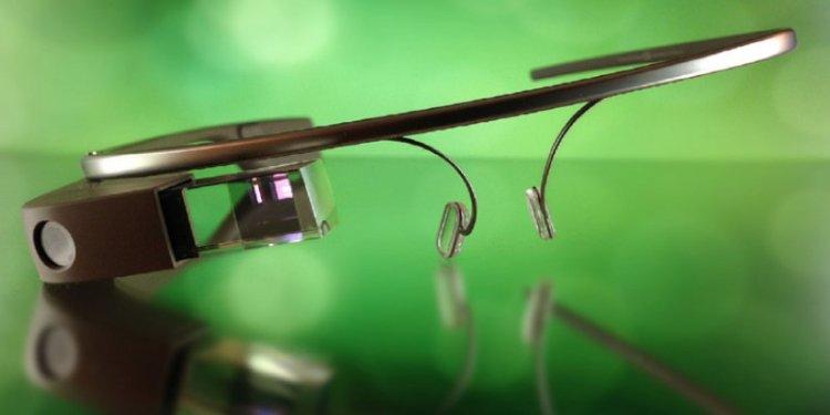 تمام داستان عینک هوشمند در 5 قدم: