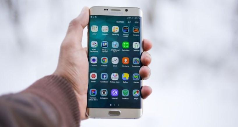 چرا تعویض نمایشگر تلفن همراه گران تمام می شود؟ 4 دلیل، پیشگیری و راهکار
