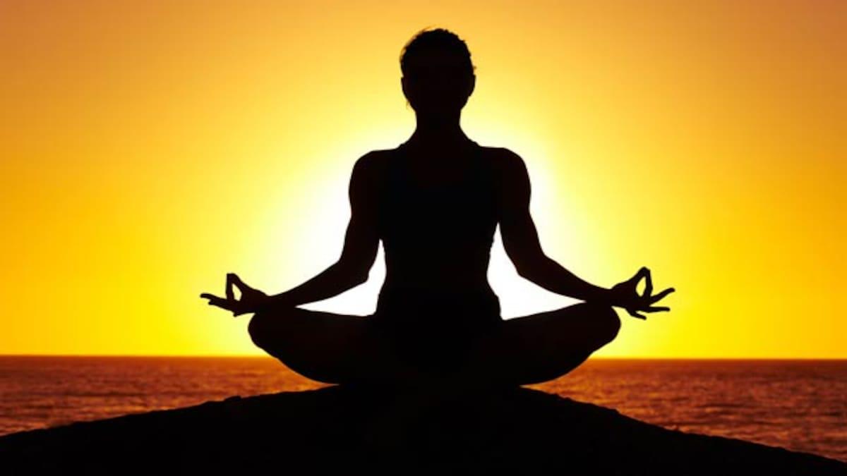 ورزش یوگا چطور روی احساسات شما تاثیر می گذارد؟ گریه یا اشک شادی؟