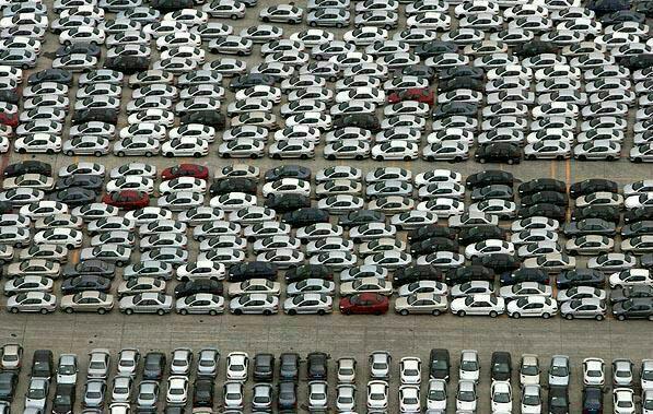 پارکینگ خودرو سازهای داخلی