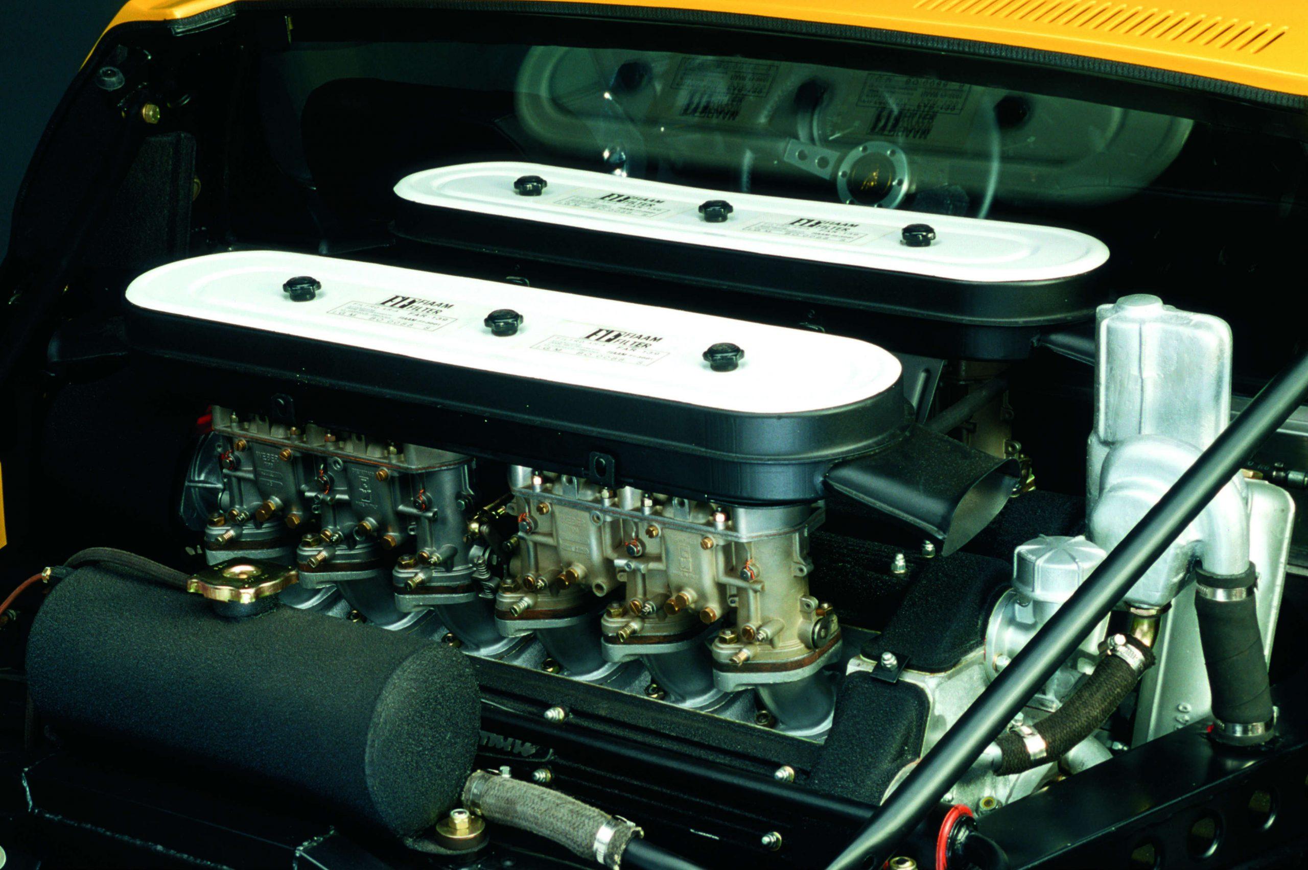 موتور v12 لامبورگینی