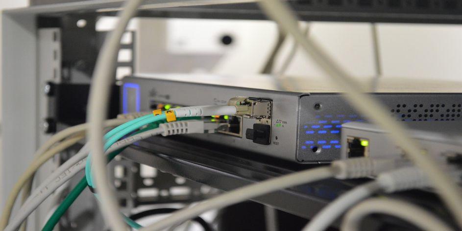 تنظیمات DNS (1)