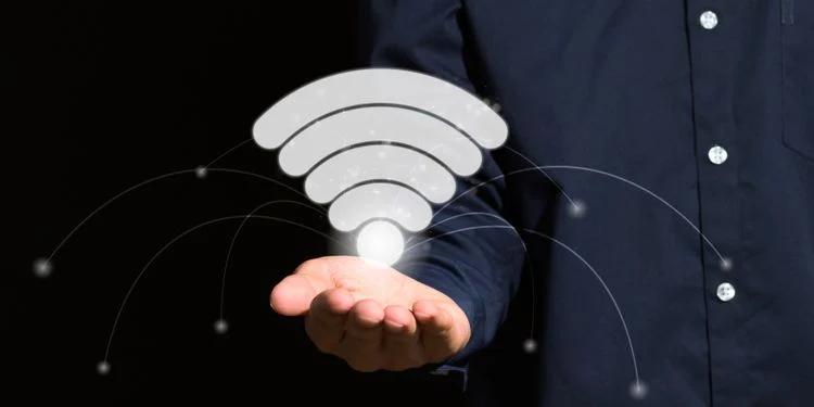 آیا اتصال تعداد زیادی دستگاه باعث کند شدن سرعت وای فای میشود؟ 4