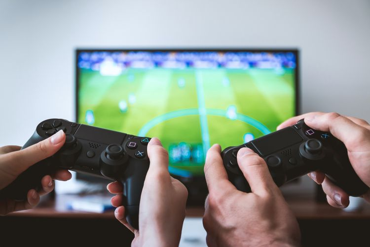 تلویزیون هوشمند چیست؟ تمام ماجرا در 5 قدم